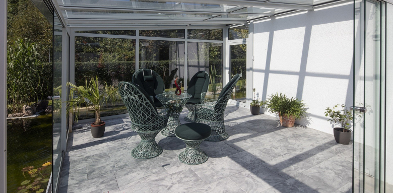 véranda alu et pvc  jardin d'hiver