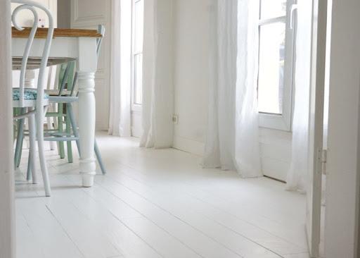 parquet peint blanc vieilli