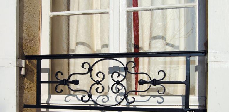 garde corps fenêtre fer forgé