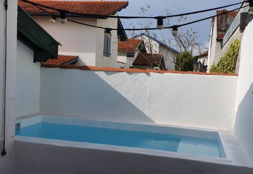 construction piscine béton Biarritz 64